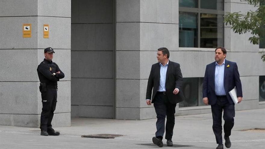 """El juez resuelve mañana si los exconsellers y los 'Jordis"""" quedan en libertad"""