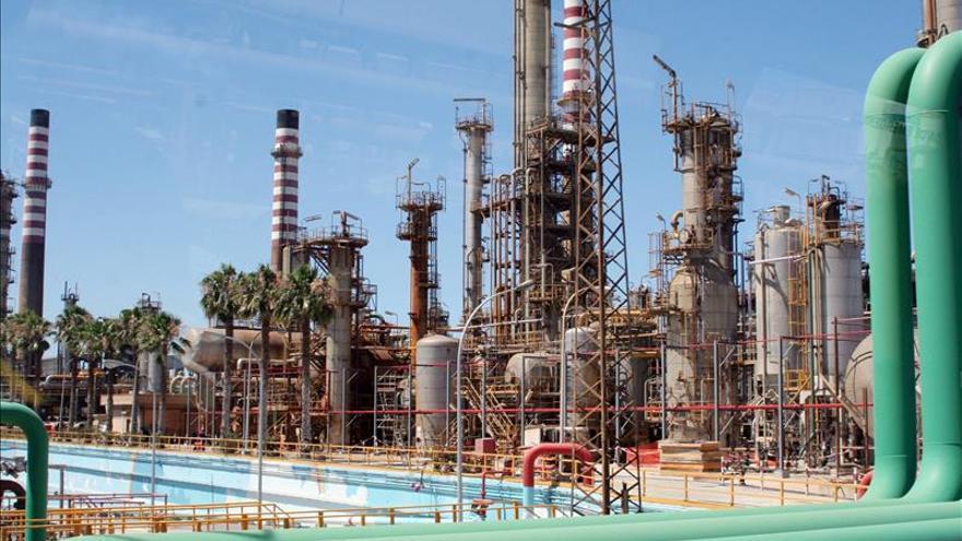 Huelga en refinerías de Cádiz y Tenerife de Cepsa del 10 al 17 de diciembre