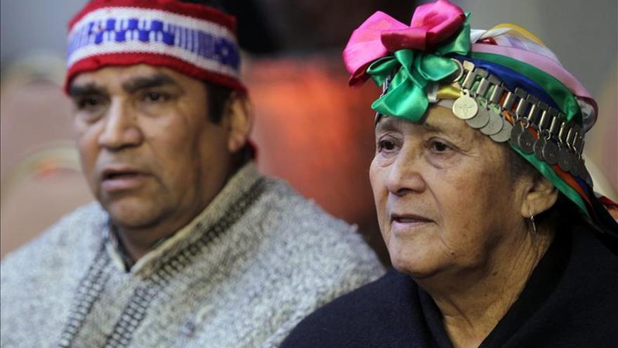 """Bachelet anuncia un """"nuevo ciclo"""" en la relación con los pueblos indígenas de Chile"""
