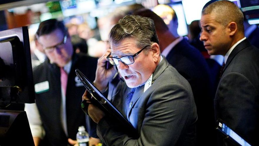Wall Street abre mixto y el Dow Jones suma un 0,02 %