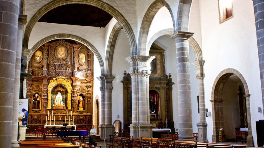 Nave central de la Iglesia de San Agustín en La Orotava.