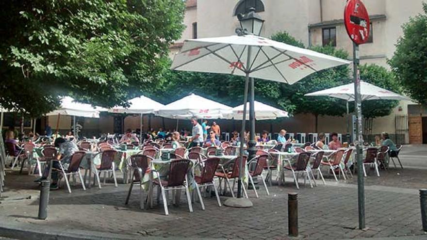 Terrazas en la plaza San Ildefonso