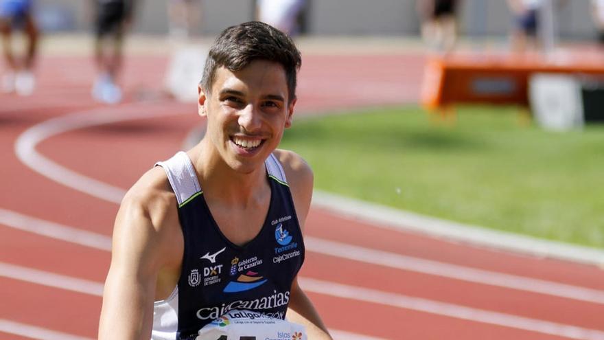 David Delgado bate el récord de España sub23 en 300 metros vallas