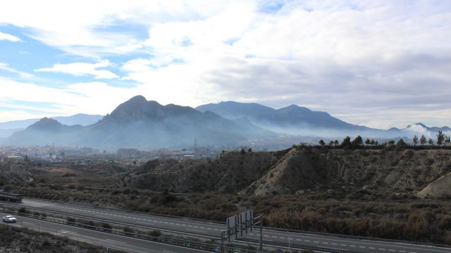 Cieza cubierta de humo por las quemas agrícolas / EEA