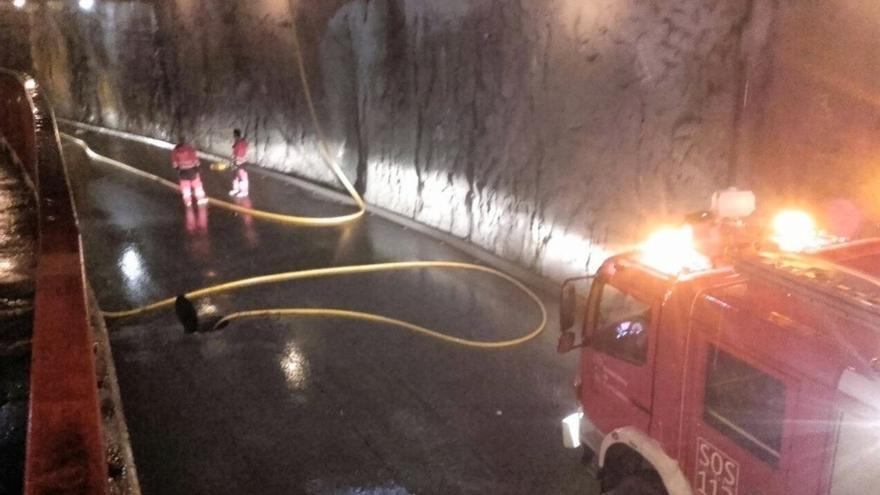 Inundado el túnel de Los Corrales de Buelna tras un fallo en las bombas de agua