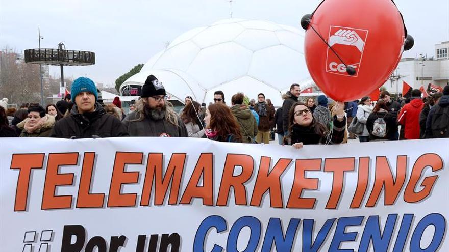 """CGT dice que los teleoperadores secundan """"masivamente"""" la huelga en el turno de noche"""