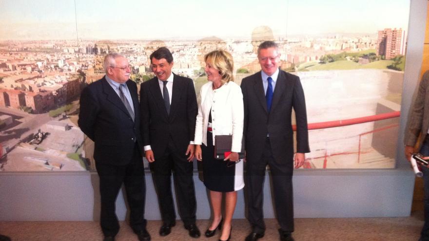 Los tres expresidentes de la Comunidad de Madrid acuden a la Asamblea a arropar al sucesor de Aguirre