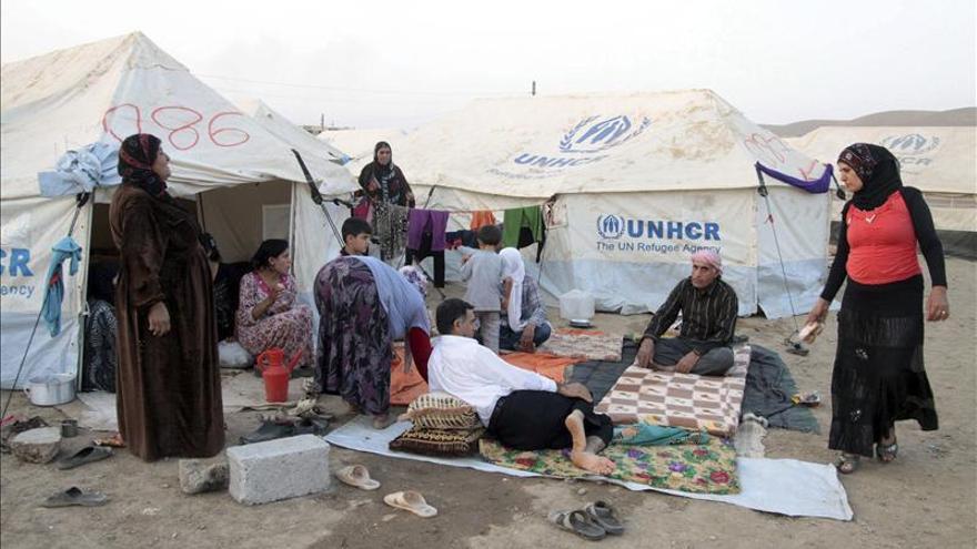 Una oleada de 45.000 kurdos cruza la frontera siria con Turquía en una noche
