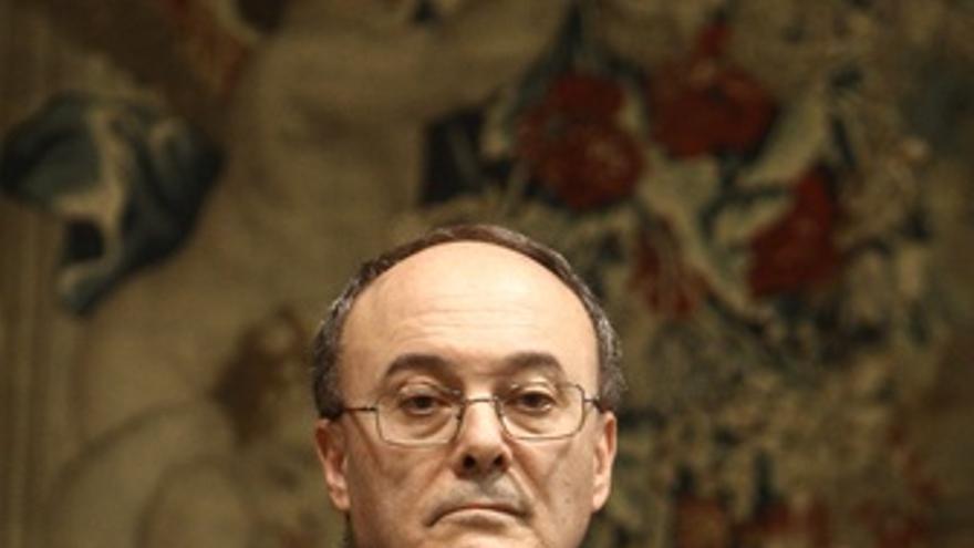 Luis Linde Toma Posesión Al Frente Del Banco De España