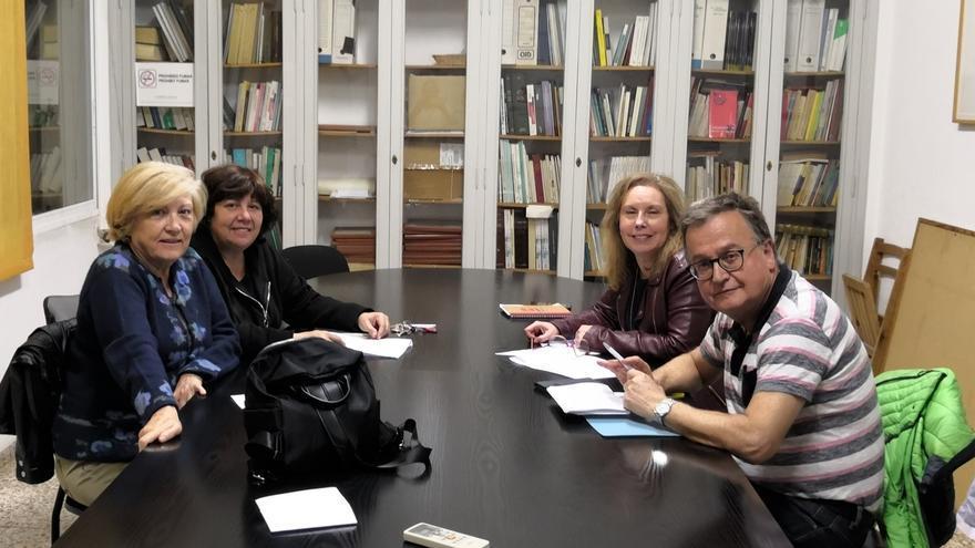 Reunión de Podemos y EUPV en Alicante.