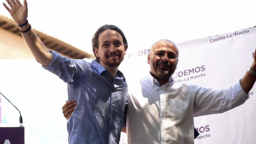 El secretario general de Podemos, Pablo Iglesias, junto al que fuera secretario regional autonómico, José García Molina