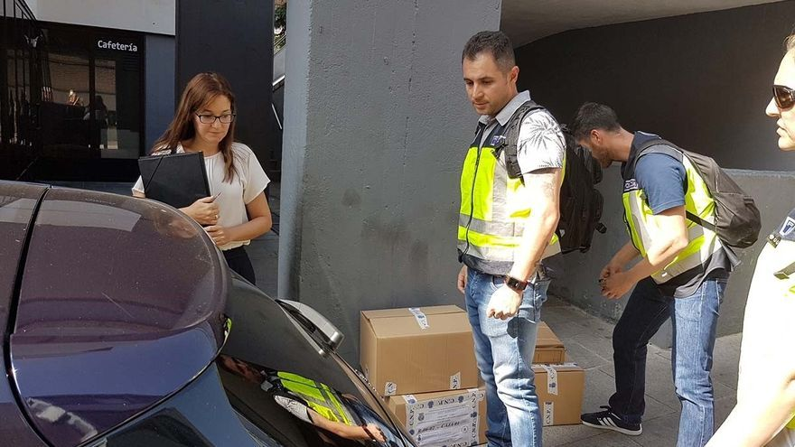Registro de la UDEF en Puertollano (Ciudad Real)