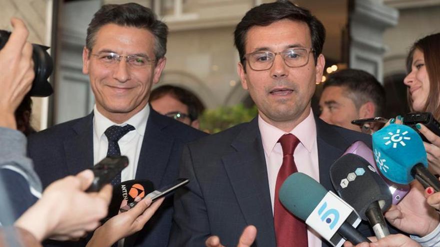 PSOE y Ciudadanos alcanzan un principio de acuerdo para una moción de censura en Granada