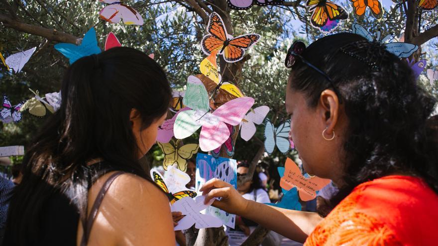 Acto simbólico con mariposas por las personas desaparecidas en México © Itzel Plascencia López