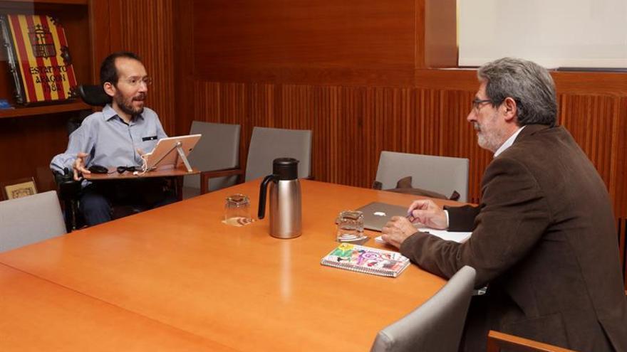 IU explica hoy cómo va el pacto con Podemos, que choca en listas y siglas