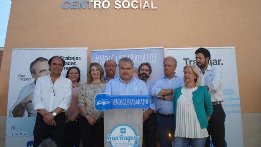 Rueda de prensa del PP de Badajoz con el alcalde y candidato popular Francisco Javier Fragoso / @fragoso_fran