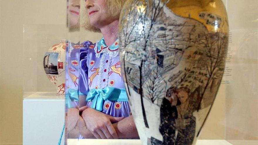 Grayson Perry se inspira en la banca para crear dos nuevas obras de arte