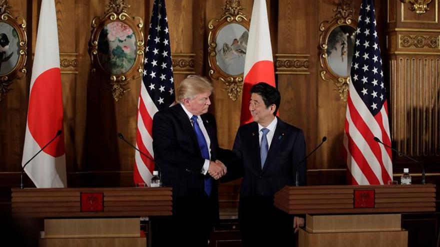 Japón extiende sus sanciones a Corea del Norte tras visita de Trump