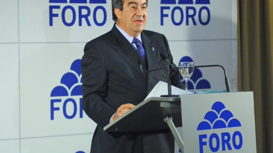 Cascos, muy interesado en conocer la opinión de Rajoy sobre el adelanto electoral en el País Vasco y Galicia