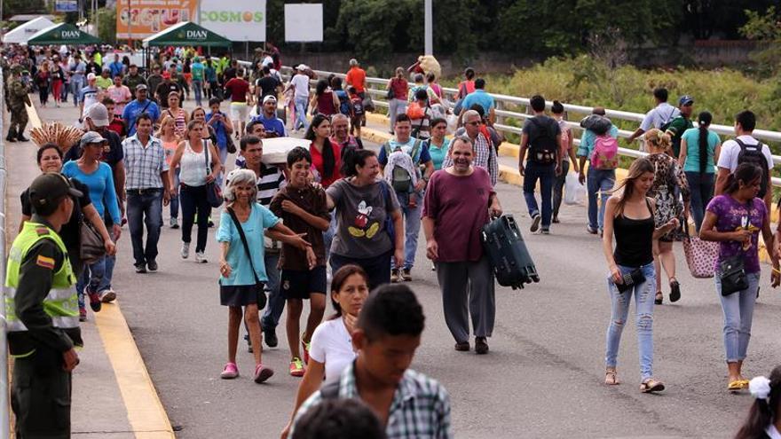 Colombia confía en la reapertura de la frontera con Venezuela por el bien de las familias