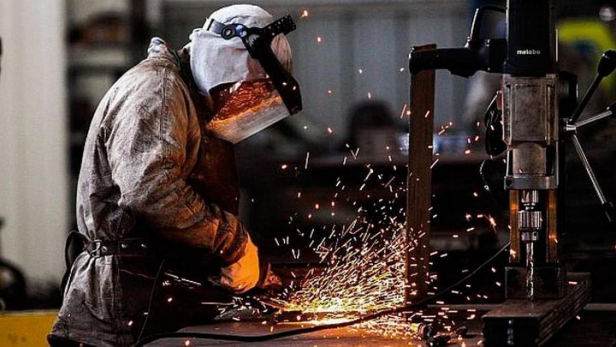 El empleo industrial recuperó en septiembre el nivel previo a la pandemia