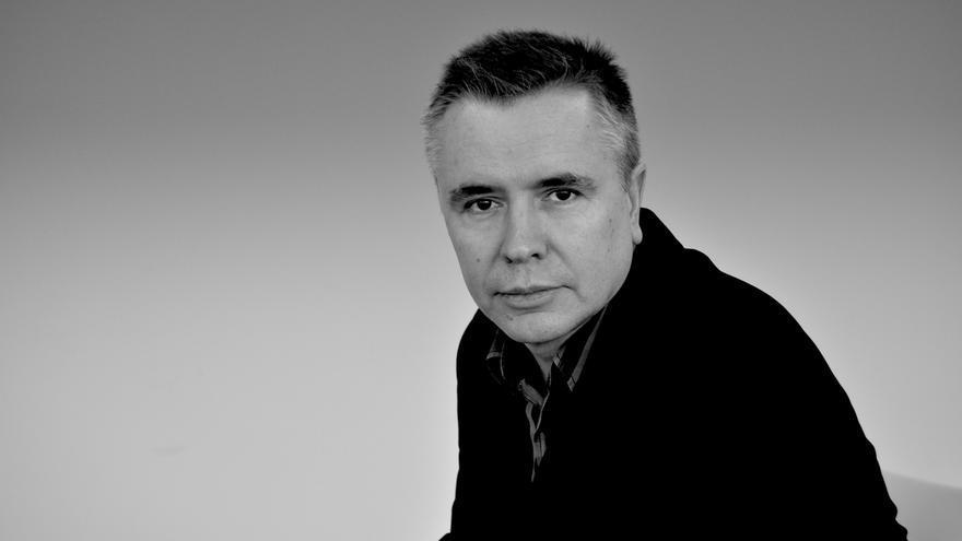 El poeta Lorenzo Oliván (Castro Urdiales, 1968).
