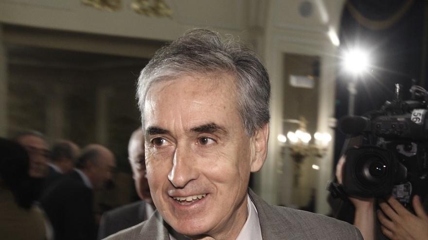 """Jáuregui aboga por hacer las primarias """"bien"""" antes que """"rápido"""" y cree """"muy posible"""" ver a un vasco al frente del PSOE"""