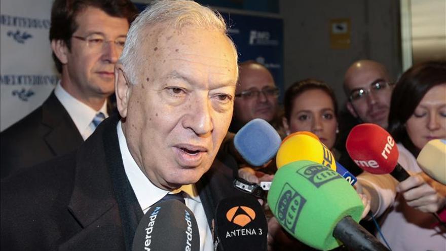 """García-Margallo advierte de que """"no visitará el peñón mientras no haya una bandera española"""""""