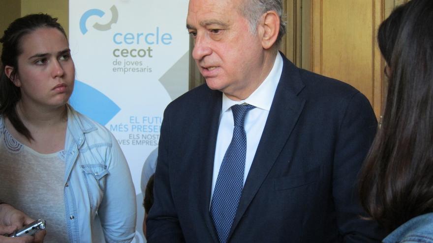 """Fernández Díaz (PP) pide concentrar el voto moderado ante la unión de los """"extremistas"""""""