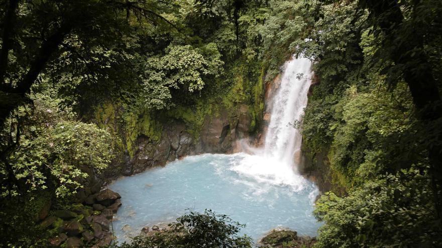 Costa Rica aprovechará las riquezas naturales del Volcán Tenorio para el turismo
