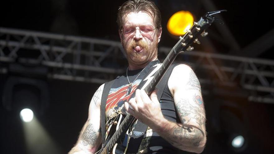Eagles of Death Metal cancela su gira europea tras los atentados de París