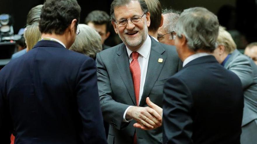 Rajoy felicita a Gentiloni y asegura el trabajo conjunto en favor de los ciudadanos