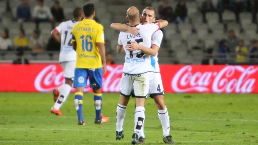 Encuentro entre la UD Las Palmas y el Deportivo de La Coruña en el Estadio de Gran Canaria. Alejandro Ramos.