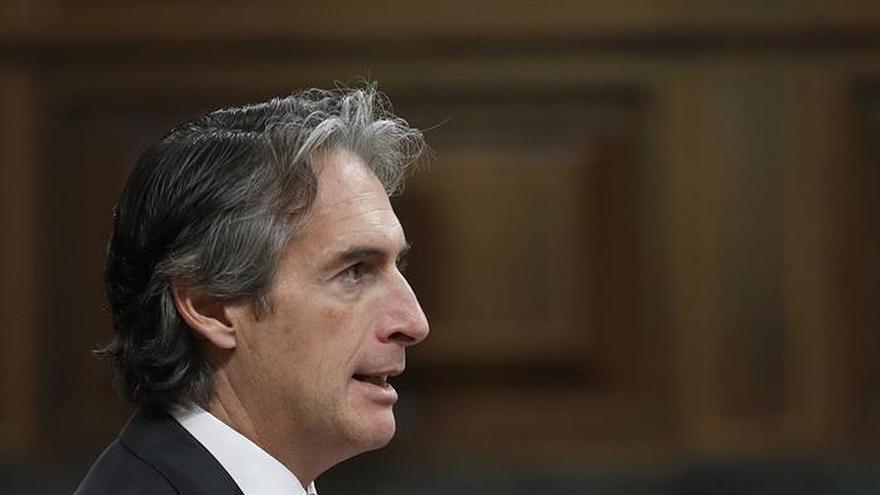 "De la Serna espera que el Gobierno foral no caiga en el ""obstruccionismo"" al TAV"