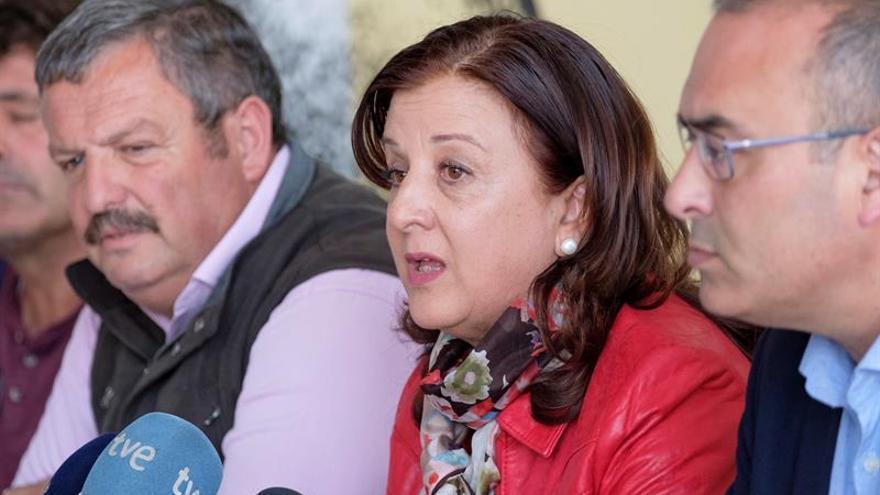 Rafael Hernández (COAG-CAnarias), Ángela Delgado (Asaga Canarias) y Juan Melián, este martes en Gran Canaria