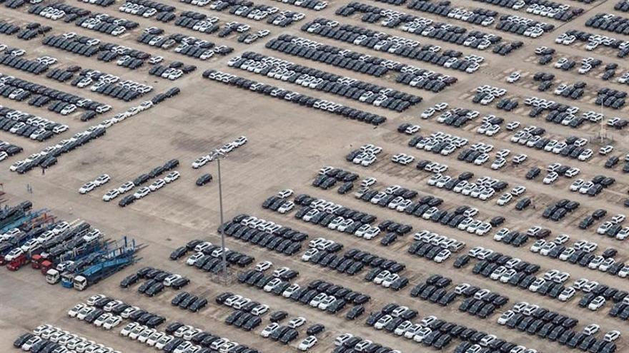 Más de cien automóviles de California ya prueban las matrículas ...