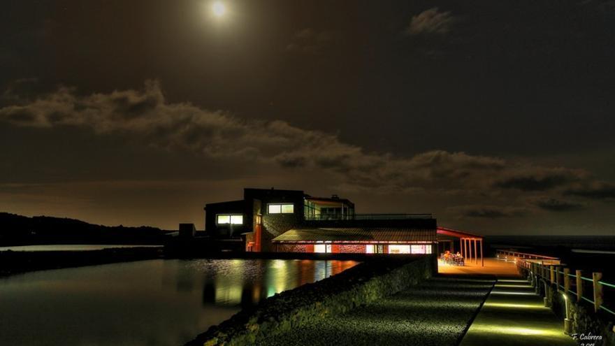 El Restaurante El Jardín de la Sal amplía su horario nocturno en verano.