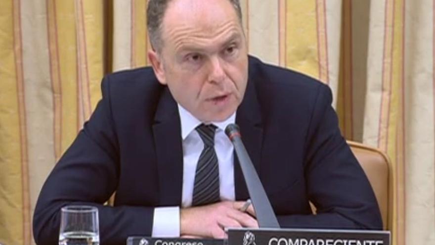 Sergio Pascual (Podemos) pide la destitución del cargo investigado y el presidente de Adif evita pronunciarse