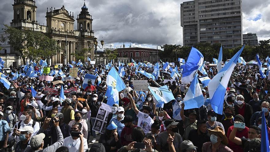Protestas en la capital guatemalteca de Guatemala por el Presupuesto 2021.