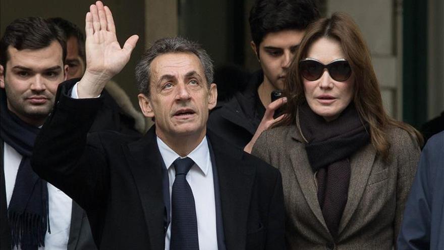 Sarkozy: los conservadores no pactarán con los socialistas para frenar al FN
