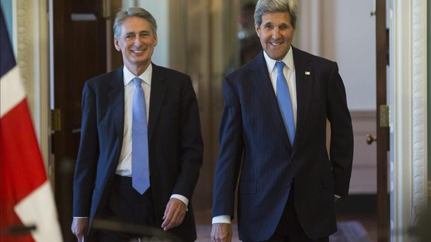 Hammond y Kerry condenan el tiroteo en una sinagoga en Jerusalén