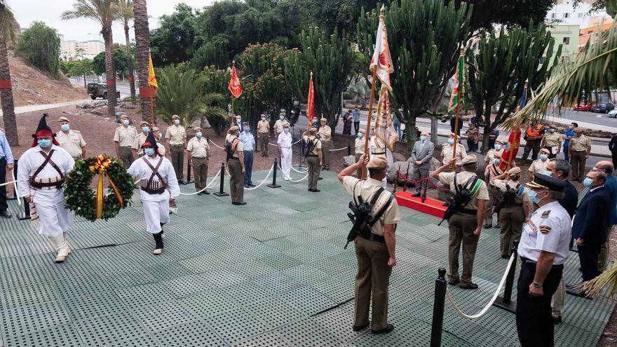 Acto para conmemorar la gesta de El Batán en el monumento de Alonso Alvarado en el Castillo de Mata, al que acudió el presidente del Cabildo de Gran Canaria, Antonio Morales
