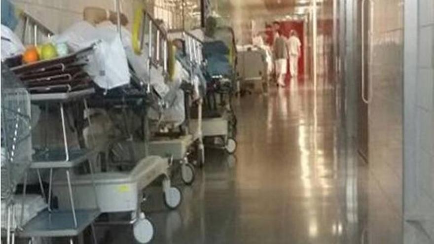 El COE vincula la escasez de enfermeras y enfermeros con la situación de las urgencias.