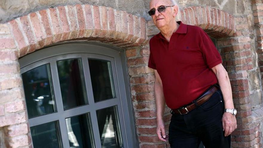 """Petros Márkaris: """"Empiezo a pensar que no queréis tener gobierno en España"""""""