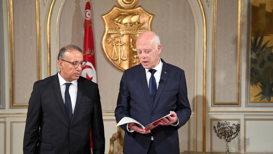 Primera detención de un diputado tunecino mientras siguen las investigaciones