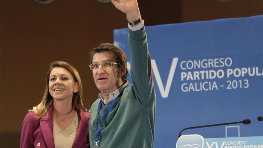 Cospedal destaca las cualidades de Feijóo para repetir al frente del PP gallego