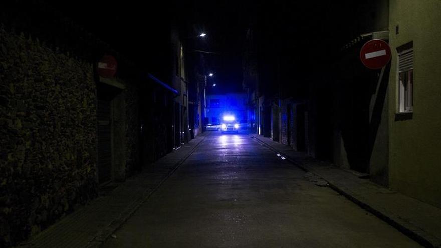 Cuatro heridos al ser tiroteados por un clan rival en Llinars del Vallès