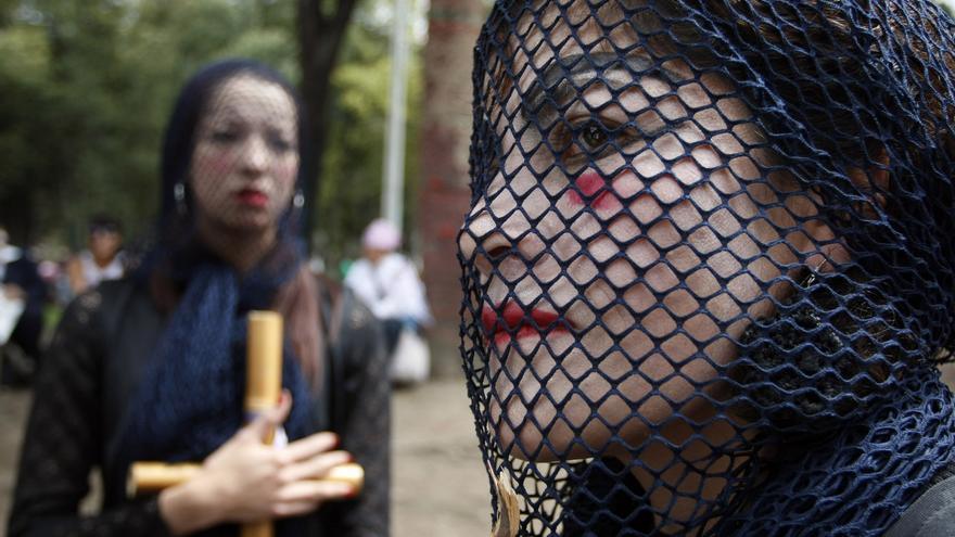 Mujeres en la concentración del Día Internacional para la Eliminación de la Violencia de Género en Bogotá, Colombia, en 2009 © AP Photo/Fernando Vergara