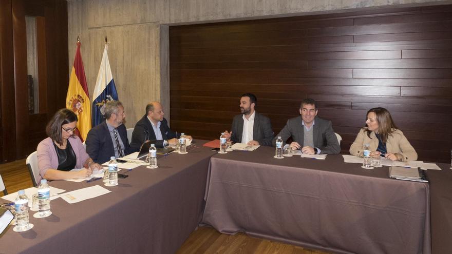 La reunión del Comité de Inversiones y Proyectos Estratégicos de Canarias (en la imagen), estuvo presidida por el titular de Ejecutivo regional, Fernando Clavijo.