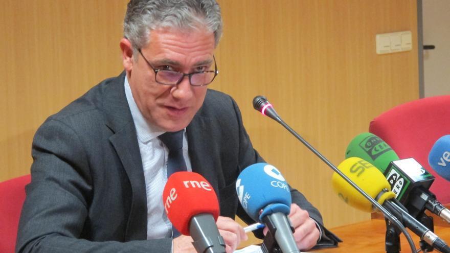 Pedro Viguer, juez decano de Valencia, en una rueda de prensa.